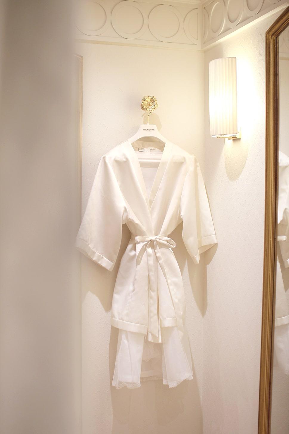 peignoir en soir cabine essayage robes de mariées