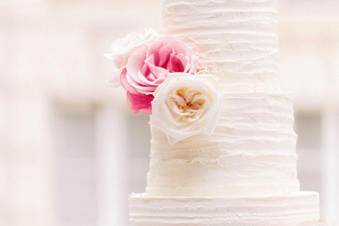 inspiration et conseils pour choisir son wedding cake, agence de wedding planner atout coeur