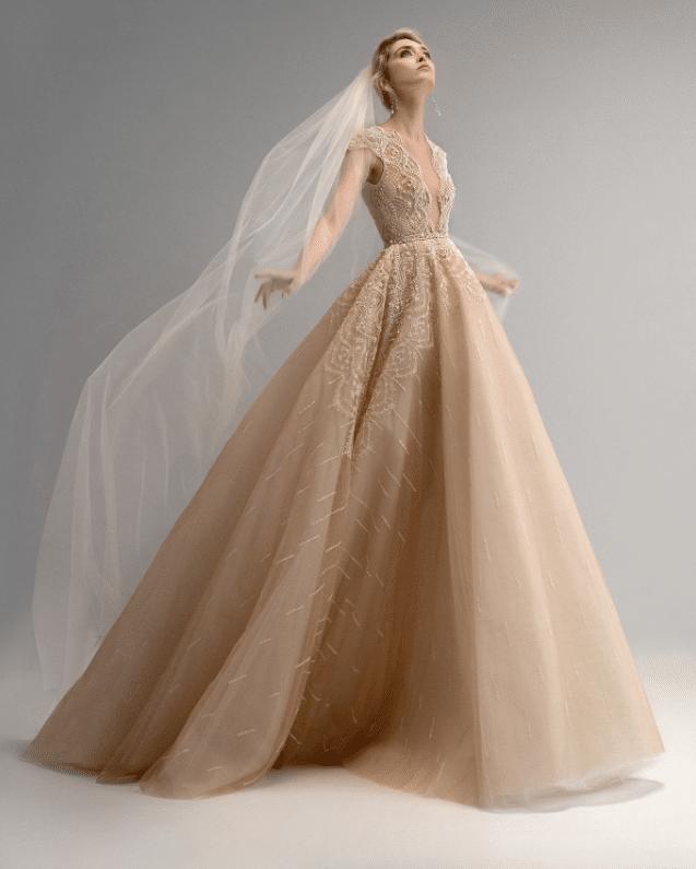 Robe de mariée coloris champagne