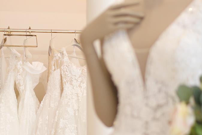 Sélection de robes de mariée 2021 par Atout Coeur Wedding